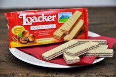 Loacker Classic Napolitaner, das sind 2 Lagen feine, zart-schmelzende Haselnusscreme zwischen 3 knusprig- leichten Waffelblättern.