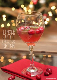 JINGLE JUICE holiday drink recipe. C'mon... you deserve it with all your Christmas chaos.