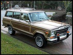1988 Jeep Grand Wagoneer  5.9L, Factory Sunroof