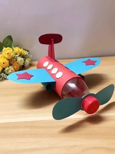 DIY Papierflieger DIY paper plane diysYou can find Planes and more on our website. Paper Crafts Origami, Paper Crafts For Kids, Cardboard Crafts, Diy Home Crafts, Craft Activities For Kids, Craft Stick Crafts, Creative Crafts, Preschool Crafts, Paper Crafting