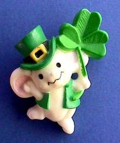Hallmark PIN St Patrick Vintage MOUSE Shamrock White in TOP HAT Irish Holiday