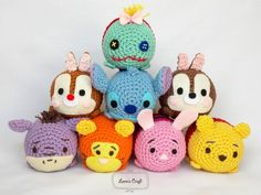 Amigurumi is a Japanese Craft that makes dolls from crochet . Since I was kid I've liked dolls and handicrafts. Mini Amigurumi, Amigurumi Animals, Amigurumi Doll, Disney Plush, Disney Tsum Tsum, Tsum Tsum Toys, Easy Crochet Patterns, Amigurumi Patterns, Cute Crochet