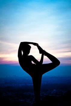 http://www.aurawellnesscenter.com/2012/04/14/yoga-postures-for-depression/