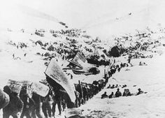 Prospectors begin the ascent to the Chilkoot Pass & over the border into Canada. Heavy snows in the fall of 1897 did little to stem the tide of fortune-seekers. Most were ill-prepared for what lay ahead.  Few had any skill at gold prospecting. Hardly any carried sufficient supplies so that over the next months the greatest danger facing the Klondike miners was famine.