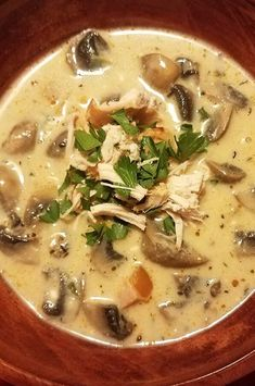 """Slow Cooker Chicken and Mushroom Stew 