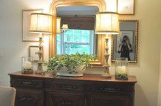 Pretty dining room vignette via Nine and Sixteen