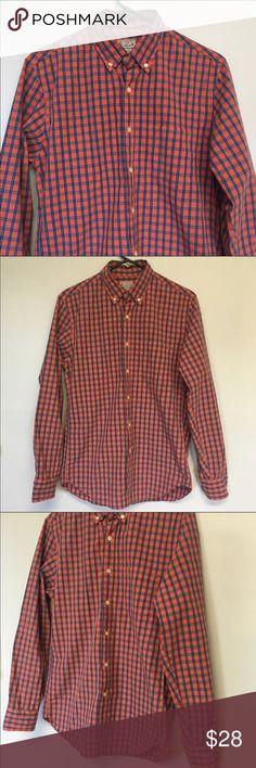 "J. Crew Men's Plaid Button Down Shirt Size Small 100% Cotton. Long-sleeved. Button-down collar. Plaid. Machine wash, Size S J.Crew Factory Approximate flat measurements: Armpit to armpit 20"", Shoulder to bottom 28 1/2"", Arms 25"" J. Crew Shirts Casual Button Down Shirts"