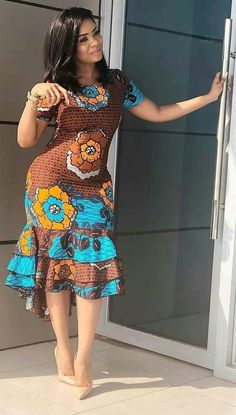 African fashion modern - Newest Short Ankara Gown 2019 – African fashion m. - Women's style: Patterns of sustainability African Fashion Ankara, Latest African Fashion Dresses, African Dresses For Women, African Print Dresses, African Print Fashion, Africa Fashion, African Attire, African Prints, African Dress Designs