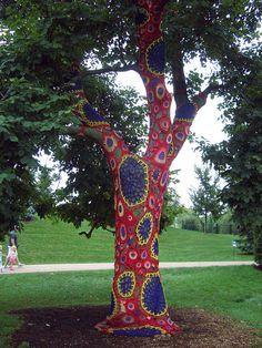 Amazing crochet tree