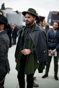 winter trend -- earthy green scarf, Men's street style, Pitti uomo // menswear fashion