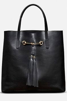 Great Gucci tote. Great for work/travel.