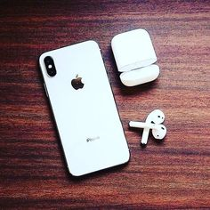 Iphone 8, Get Free Iphone, Apple Iphone, Iphone Cases, Macbook Pro Tips, Smartphone, Simple Signs, Free Phones, Apple Products