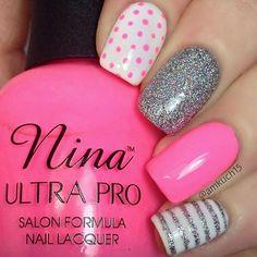 Nails Idea | Diy Nails | Nail Designs | Nail Art. Polka dots & stripes. Pink silver & white