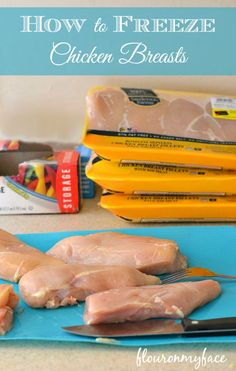 How to freeze Chicken Breasts. A great tip to keep chicken fresh when buying in bulk. #chicken #freezer