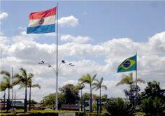 Fronteira entre Brasil e Paraguai na cidade de Pedro Juan Caballero
