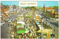 Vintage postcard The Market Square Great Yarmouth Norfolk , old cars Great Yarmouth, Old Postcards, Days Out, Old Pictures, Norfolk, Old Cars, Brand Identity, Childhood Memories, City Photo