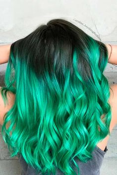 Captivating Ideas for Green Hair That Will Inspire You To Take The Plunge ★ See more: http://lovehairstyles.com/green-hair-inspiration/