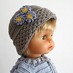 This is a PATTERN for knitted Forget-Me-Not Baby Hat!