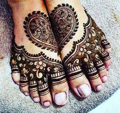 Mehendi Designs - Feet Bridal Mehendi Design | WedMeGood #wedmegood #indianbride #indianwedding #bridalmehendi #feetmehendi #mehandi #mehendidesign #tattoo #henna