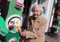 """Video - 104 year old crocheter who """"yarn bombed"""" local town thought to be world's oldest street artist - Yorkshire Post"""