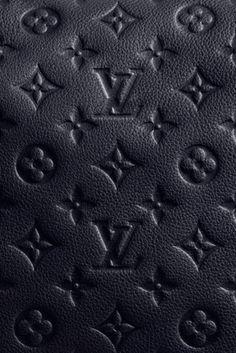 Louis Vuitton!!