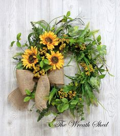 Your place to buy and sell all things handmade Country Wreaths, Holiday Wreaths, Summer Wreath, Wreath Fall, Spring Wreaths, Diy Wreath, Wreath Burlap, Wreath Making, Grapevine Wreath