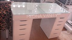 ZARA tables and tabletops feature a transparent glass top to luxuriously showcase your valuable make-up. Has two 5 drawer dressers to store your make-up and beauty supplies. Perfect with any one of the Medina Vanity Mirrors. Diy Vanity Table, Dresser Table, Makeup Table Vanity, Vanity Room, Vanity Desk, Makeup Tables, Mirrored Vanity, Vanity Mirrors, Home Beauty Salon