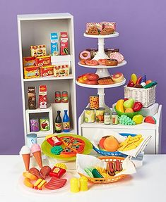 The 120-Pc. Food Playset provides hours of fun and helps your child develop creative learning skills. The detailed, full-color pieces look like real food, from