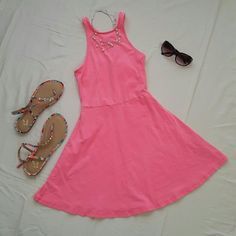 NWOT cutout back AE dress Cute and flirty, bright pink American Eagle dress with cutout back. Fun color and perfect for summer. Fabric is a cotton blend, 96% cotton and 4% elastane. No tags but never worn. No trades. Open to offers :) American Eagle Outfitters Dresses Mini