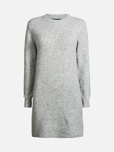 En lang strikket genser i myk blandingskvalitet. Ribbet halsåpning, mansjetter og nederkant. Normal passform. Inneholder 5% ull og 5% alpakka.  Lys grå