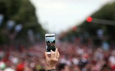 How Your Smartphone's Camera Will Change the World Latest Camera, Mobile World Congress, Change The World, Camera Phone, Digital Camera, Usb Flash Drive, Smartphone, Turning, Crowd