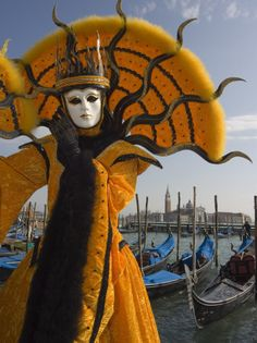 Night Venice Carnival Masks | ... -masked-face-and-costume-at-the-venice-carnival-venice-italy.jpg