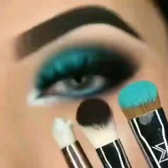 Makeup Eye Looks, Smoky Eye Makeup, Eye Makeup Steps, Eye Makeup Art, Beautiful Eye Makeup, Dramatic Makeup, Eyeshadow Makeup, Blue Eye Makeup, Hair Makeup