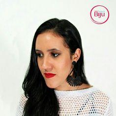Bom dia Sereias!  Porque o  verão  é  tão bom hein? Adoro ❤ Esse  maxibrinco preto você  encontra  na loja,  link  na bio,  nós  temos  ele na cor  prata também! #minhanovabiju  #acessoriosfemininos #acessorios #maxibrinco #gypsy #bijuterias  #bijuteriasfinas #lojaonline #moda #tendencia #trend #verao2017 #salvadorbahia #enviamosparatodobrasil