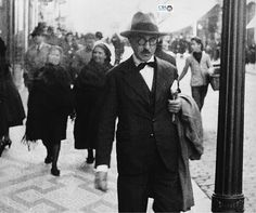 Fernando Pessoa - One of the best writers from Portugal!