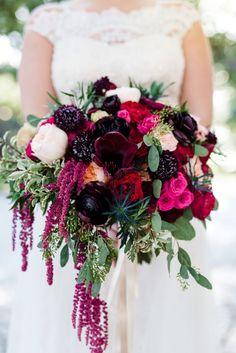 Berry wedding bouquet: Photography: Lance Nicoll - http://lancenicoll.com/