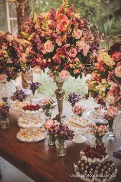 Lilac and Rose Wedding Decoration Ideas Rose Wedding, Diy Wedding, Wedding Events, Dream Wedding, Wedding Day, Trendy Wedding, Weddings, Party Decoration, Reception Decorations