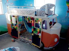 Inexplorata presented the final product to his daughter and friends at her third birthday party. Today she's almost 6 years old, and you bet she's still sleeping in it! | This Dad Built His Daughter The Coolest Volkswagen Bus Bed You've Ever Seen