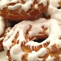 Hispanic Desserts, Spanish Desserts, Spanish Dishes, Donuts, Pan Dulce, Desert Recipes, Mini Cakes, Cakes And More, Sweet Recipes