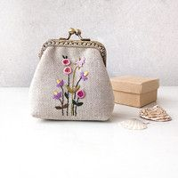 Embroidery Purse, Love Frames, Frame Purse, Craft Bags, Coin Purse, Delicate, Stitch, Purses, Wallet