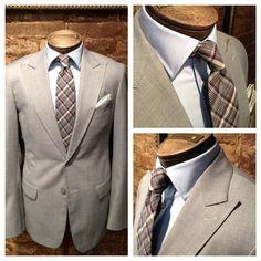 Custom peak lapel summer suit I Nicholas Joseph Custom Tailors l www.customsuitsyo... l Chicago, IL l USA