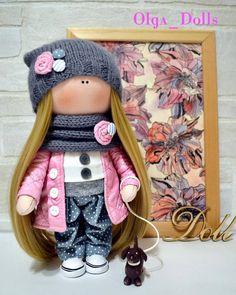 Куколка с собачкой. #кукларучнойработы #текстильнаякукла #интерьернаякукла #ручнаяработа #шьюкукол #кукланазаказ #Подарки #авторскаякукла #Камышин #dolls #doll #Handmade #russia