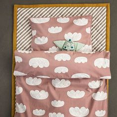 Have a good nap in out 100% Organic Cotton Cloud Bedding and have the sweetest dreams to the tunes of out Edward Music Mobile. ferm LIVING Edward Music Mobile - http://www.fermliving.com/webshop/shop/edward-music-mobile.aspx ferm LIVING Cloud Bedding - http://www.fermliving.com/webshop/shop/cloud-bedding-1.aspx ferm LIVING Stripe Quilted Blanket - http://www.fermliving.com/webshop/shop/stripe-quilted-blanket.aspx