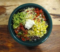 A Chipotle Burrito Bowl Recipe You Can Make At Home In 6 Easy Steps — And No, We Didn't Forget The Guac | Bustle