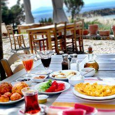 turkish breakfast Turkish Breakfast, Turkey Travel, Turkish Recipes, Paradise, Foods, Traditional, Turkish Language, Food Food, Food Items