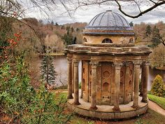 Stourhead Garden - Temple of Apollo, Warminster, Wiltshire, England. The scene in Pride and Prejudice where Mr. Darcy proposes the first time. Oh The Places You'll Go, Places To Travel, Places To Visit, England And Scotland, Pride And Prejudice, Jane Austen, Amazing Gardens, Les Oeuvres, Beautiful Places