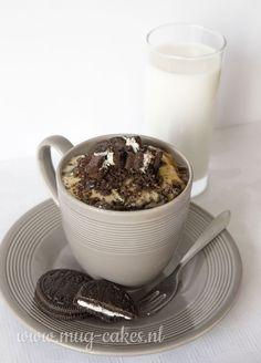 Recept: Oreo Mug-cake Mug Recipes, Delicious Cake Recipes, Yummy Cakes, Gourmet Recipes, Sweet Recipes, Single Serve Desserts, Single Serving Recipes, Just Desserts, Carrots Cake