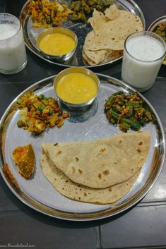 Top 20 Places to Eat in Udaipur: A complete Food Guide! - The Wicked Soul Indian Food Recipes, Vegetarian Recipes, Gujarati Recipes, Snap Food, Desi Food, Indian Street Food, Food Snapchat, India Food, Food Places