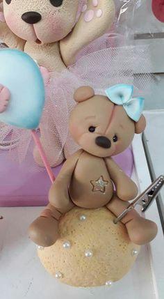 Cute Polymer Clay, Cute Clay, Diy Clay, Clay Crafts, Diy And Crafts, Cake Topper Tutorial, Fondant Tutorial, Clay Bear, Teddy Toys