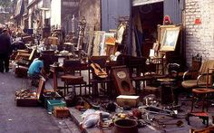 Marche des puces, huge 2nd hand market (fleamarket) you can stroll here for hours and have a nice lunch or drink